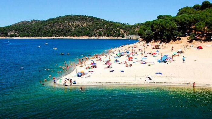 Playa-Virgen-Nueva-Juan-Madrid_2119598036_6982538_1300x731
